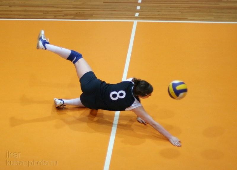 Спорт. Китай. Напряженный матч китайского женского волейбола. 14