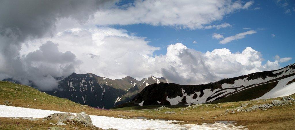 Облака над хребтом Чилик-2