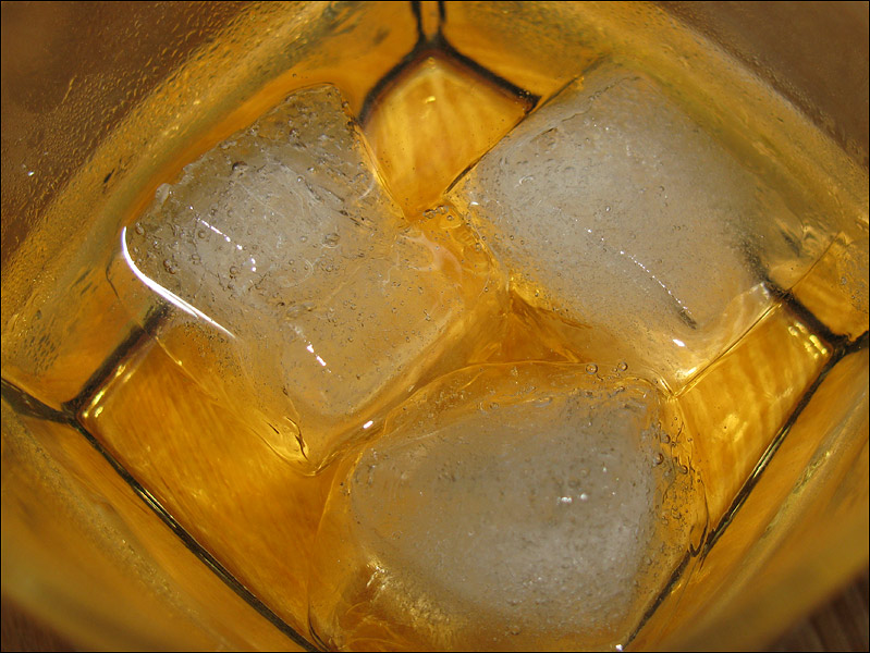 whiskey with ice